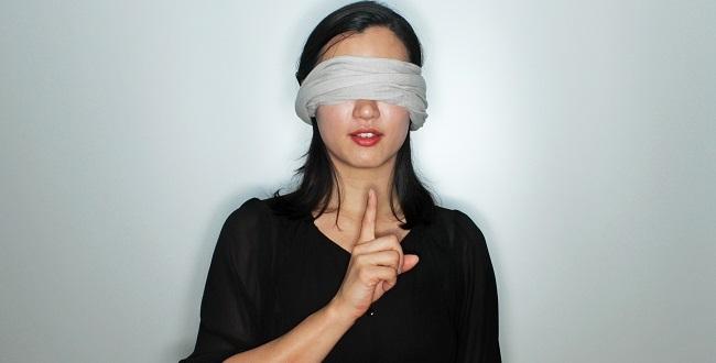 tied eye